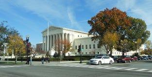 Del Tribunal Supremo de la calle de los Estados Unidos Fotos de archivo libres de regalías