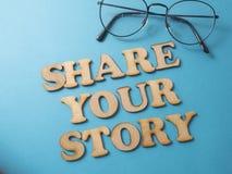 Dela din berättelse, Motivational inspirerande citationstecken royaltyfria foton