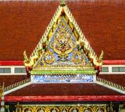 Delante del templo de Buda Fotos de archivo
