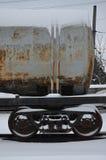 Delar av den snöig fraktrailcaren Royaltyfri Foto