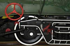 Delar, detaljer och mekanism av den renoverade lokomotivet Royaltyfria Foton