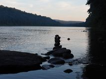 Delaware River and a rock tower on a beautiful Summer Day Royalty Free Stock Images