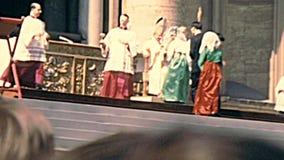 Delegation von Gläubigern in San Pietro Rome stock video