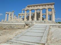 Grekiskt forntida tempel - Aphaia - Aegina Royaltyfri Fotografi