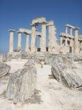 Grekiskt forntida tempel - Aphaia - Aegina Arkivbilder