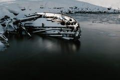 Delen van verlaten schepen bij noordelijke kust Royalty-vrije Stock Foto's