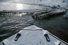 Delen van verlaten schepen bij noordelijke kust Stock Foto's