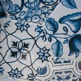 Delftfajansbl?tt, mosaik f?r keramiska tegelplattor arkivbilder