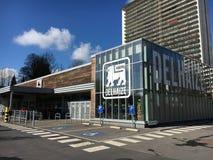 Delhaizesupermarkt in Brussel, België Royalty-vrije Stock Foto's