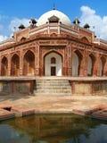 Delhi: Humayuns Grab, Meisterwerk der Mughal Kunst stockbilder