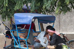 DELHI, INDIA-AUGUST 29: Indiański trishaw 29, 2011 w Delhi, India Zdjęcie Stock