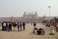 Delhi India, Grudzień, - 27, 2011: Ludzie przed rewolucjonistką Dla Obraz Stock