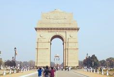 Delhi, India, 31 november, 2011: Poort tegen Stock Afbeeldingen