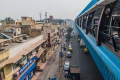 DELHI INDIA, PAŹDZIERNIK, - 22, 2016: Ramakrishna Ashram Marg stacja metra w centrum Delhi, Indi obrazy royalty free