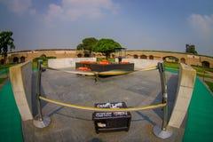DELHI INDIA, WRZESIEŃ, - 25 2017: Piękny grób w Rajghat, New Delhi jako pomnik przy Mahatma Gandhis ciała kremacją Zdjęcie Royalty Free