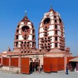 delhi Iskon tempel Den huvudsakliga Krishna templet Arkivbild