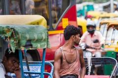DELHI, LA INDIA 29 DE AGOSTO: Trishaw indio 29, 2011 en Delhi, la India Fotografía de archivo