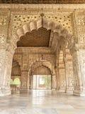 DELHI, LA INDIA - 2 DE NOVIEMBRE DE 2018: El Diwan-i-Khas restaurado en el th foto de archivo