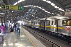 DELHI - 11 NOVEMBRE : passagers Photos stock