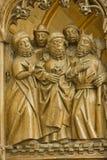 Deliberación de cinco personas Imagen de archivo libre de regalías