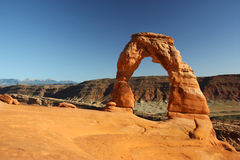 Delicate Arch Landscape. Delicate Arch just before sunset at Arches National Park in Utah Royalty Free Stock Photos