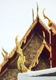 Delicate Thai art at roof top of Buddhist temple in Bangkok, Tha Stock Images