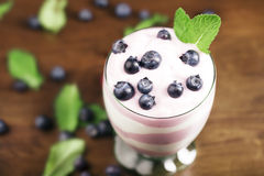 Delicious blueberry yougurt Royalty Free Stock Photos