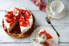 Delicious cake with strawberries Stock Images