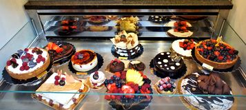Delicious cakes and pastries Royalty Free Stock Photos