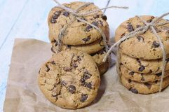 Delicious chocolate chip cookies Royalty Free Stock Photos