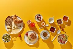Free Delicious Continental Breakfast With Croissant, Cheese And Muesli Royalty Free Stock Photos - 210390748