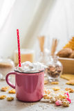 A delicious Cup of cocoa with marshmallows and straws Stock Photography