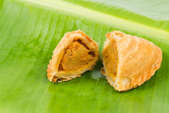 Delicious curry puffs with spicy sweet potatoes fillings Royalty Free Stock Photos