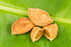 Delicious curry puffs with spicy sweet potatoes fillings Royalty Free Stock Images