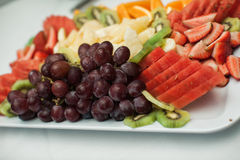 Delicious fresh fruit platter Royalty Free Stock Photography