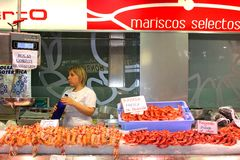 Sale of delicious fresh Spanish seafood at the Mercado Central, Valencia, Spain Stock Images