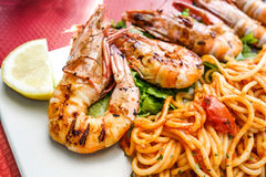 Delicious fried shrimp with pasta Royalty Free Stock Photography