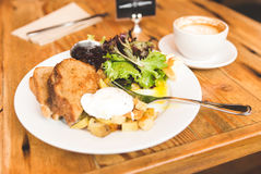 Delicious gourmet breakfast in upscale American cafe Royalty Free Stock Photography