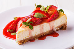 Delicious homemade cheesecake with strawberries stock photography
