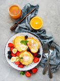 Delicious pancakes with strawberry royalty free stock photos