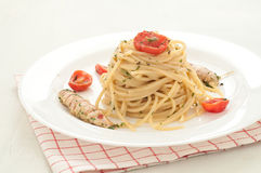 Delicious pasta like spaghetti topped with the sauce of sea mant Royalty Free Stock Photography