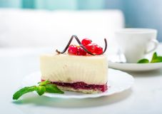 Delicious piece of cheesecake Royalty Free Stock Images