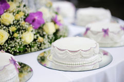Delicious white wedding cake Royalty Free Stock Photography