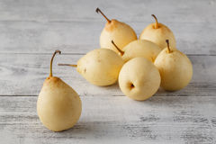 Delicious Williams or Bartlett pears on a rustic wooden kitchen Stock Photography