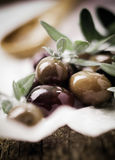 Deliciouss fresh black olives Stock Photography