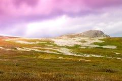Delikatnie połodzy wzgórza i pastelowi kolory Obraz Stock