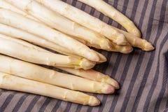 Delikatny organicznie biały asparagus Fotografia Stock