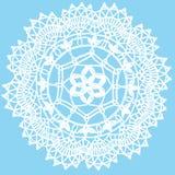 Delikatny trykotowy koronkowy round doily odizolowywający na błękitnym tle Obrazy Royalty Free