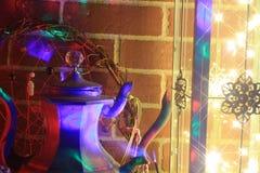Delirio de la tetera del vintage de las luces LED de la linterna n de la decoración de Boho Imagen de archivo libre de regalías