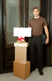 deliveryman friednly Royaltyfri Foto